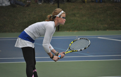 Girls tennis team clenches first at Regionals