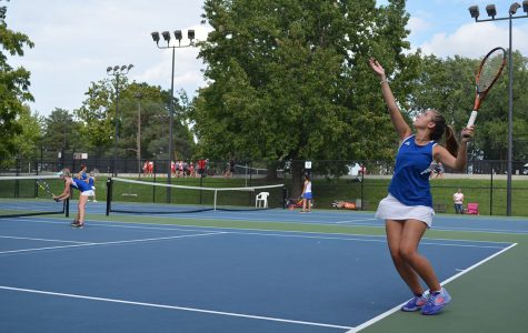 Girls tennis faces off against Lincoln Prep and wins