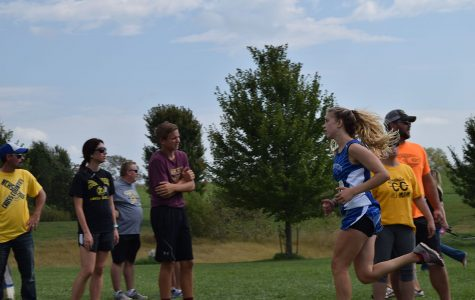 Senior Maya Mastin runs at the Rim Rock Cross Country meet.